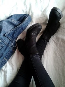 boots-923189_1280