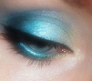 eyes-374920_1280